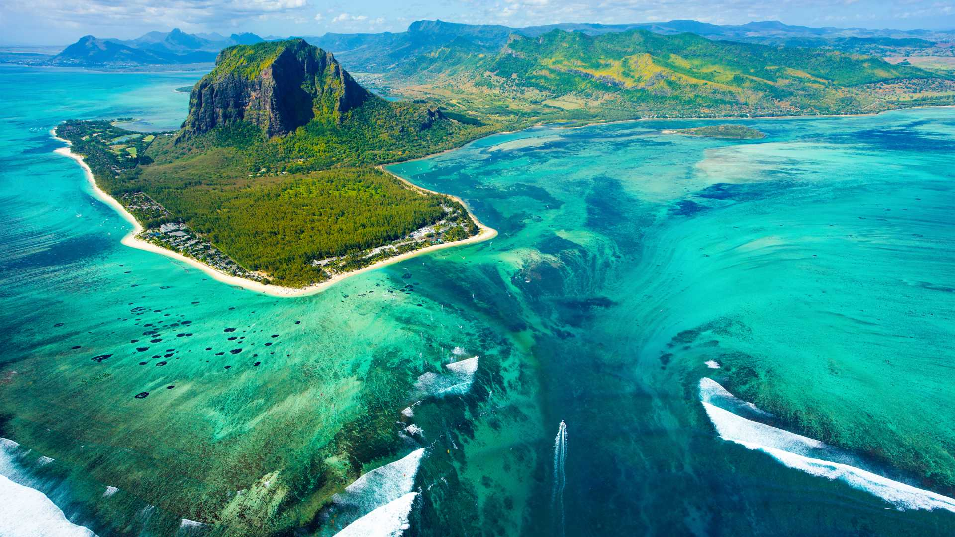 Charming Mauritius with Dubai