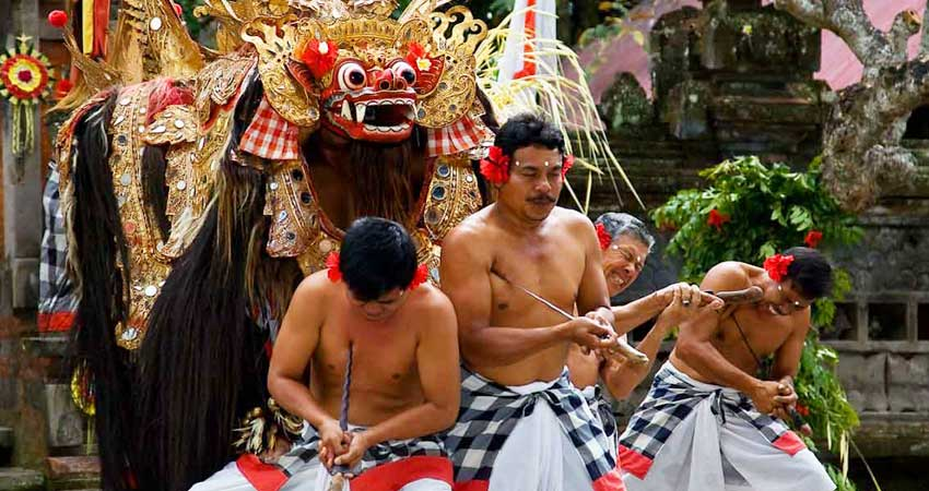 Kintamani & Barong dance tour