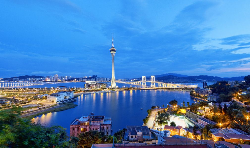Luxurious Hong Kong and Macau