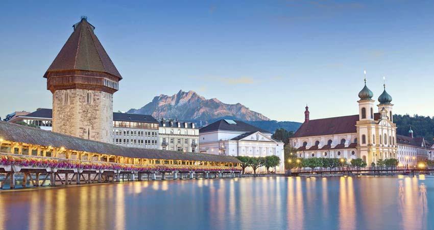 Orientation tour of Zurich