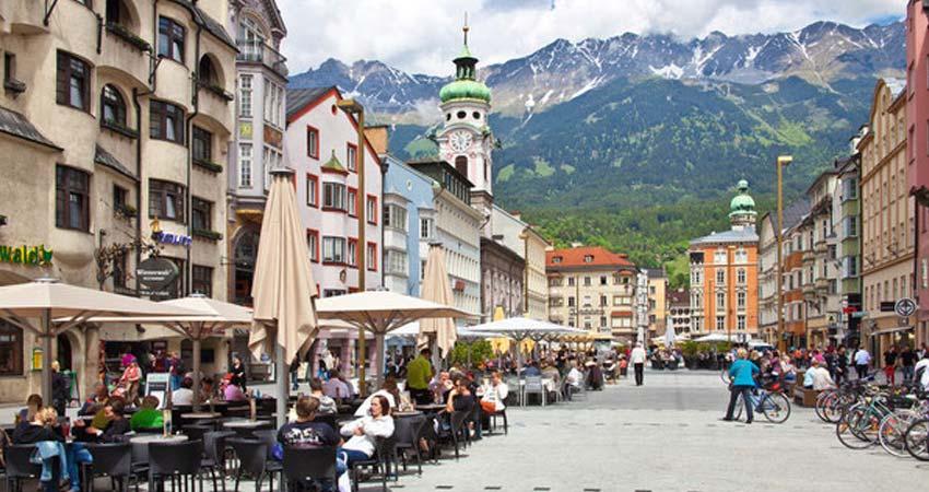 Orientation tour of Innsbruck